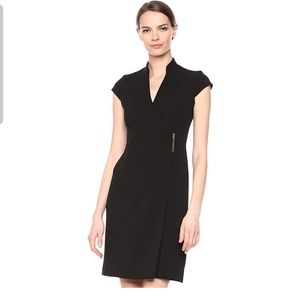 Calvin Klein Women's Cap Sleeve V-Neck Wrap Dress